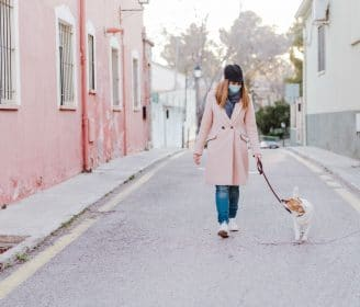 how to walk your dog during the coronavirus