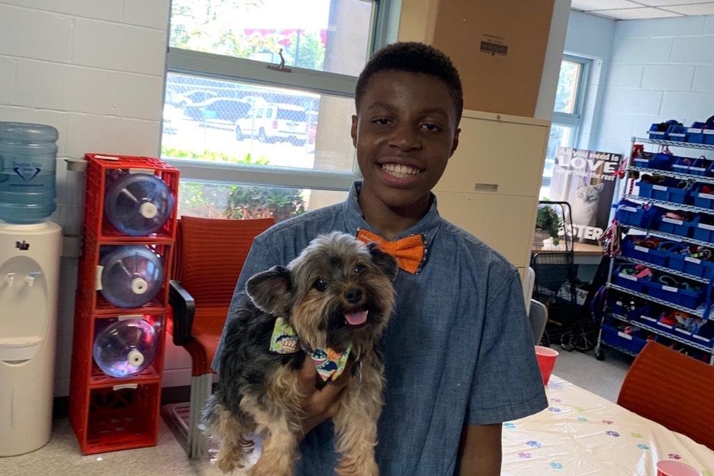 Beaux And Paws est une entreprise de chiens appartenant à des noirs
