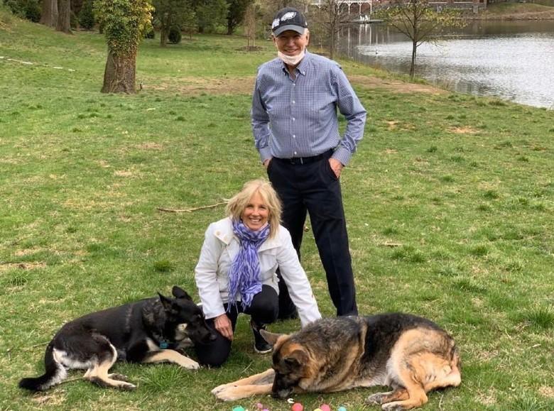 Biden's Dog Gets Training for New Cat Arrival